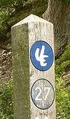 220px-Urwaldsteig_Pfahl_Bäume